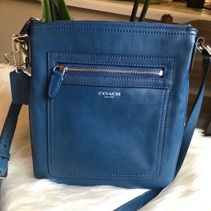Coach Legacy Leather  Swingback In Cobalt
